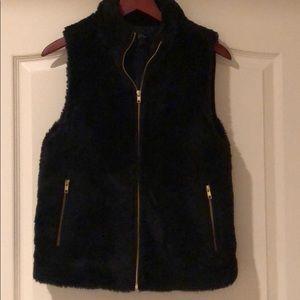 Like new furry black vest